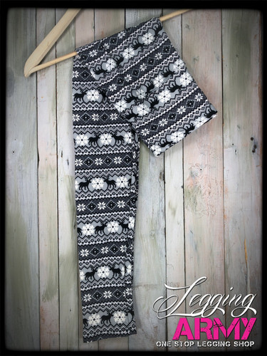 """Yoga 5"""" Waistband- (One Size): Prancing In The Night"""