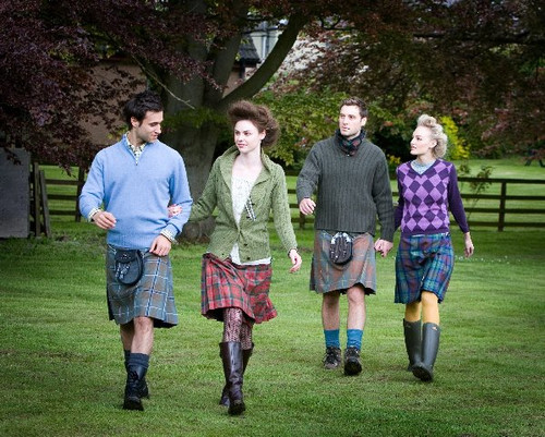 MacDonnell to Young - Hand Sewn - Reiver 8 Yard Kilt