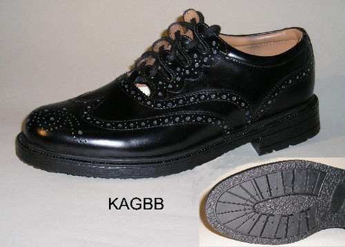 Ghillie Brogue with Walking Sole