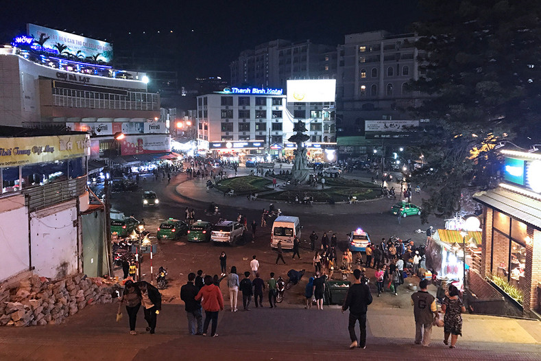 Back in Vietnam - 007: One Night in Da Lat