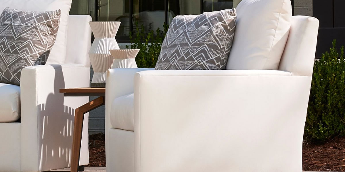 lane-venture-charlotte-outdoor-furniture.jpg
