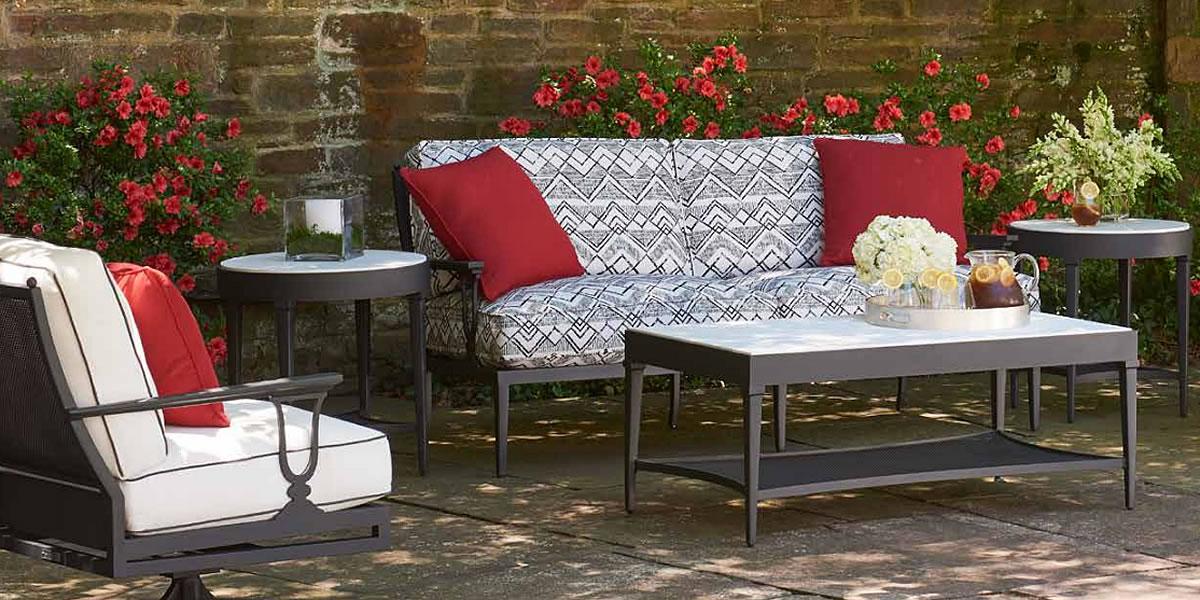 lane-venture-winterthur-outdoor-furniture-1.jpg