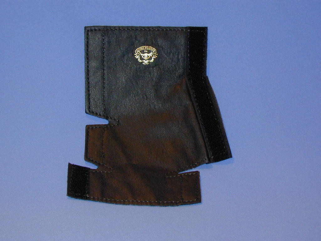 Leather specialties Hand guards for horn