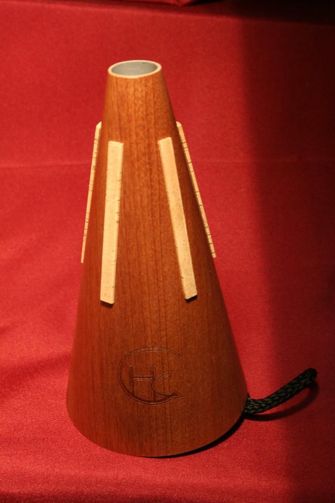 Horn-Crafts Mute - Khaya