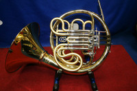 AGS-08 Aroma Adjustable Aluminum  French Horn Stand