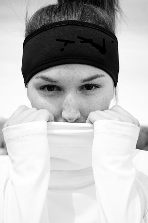 Woman Wearing Black Sports Headband 1