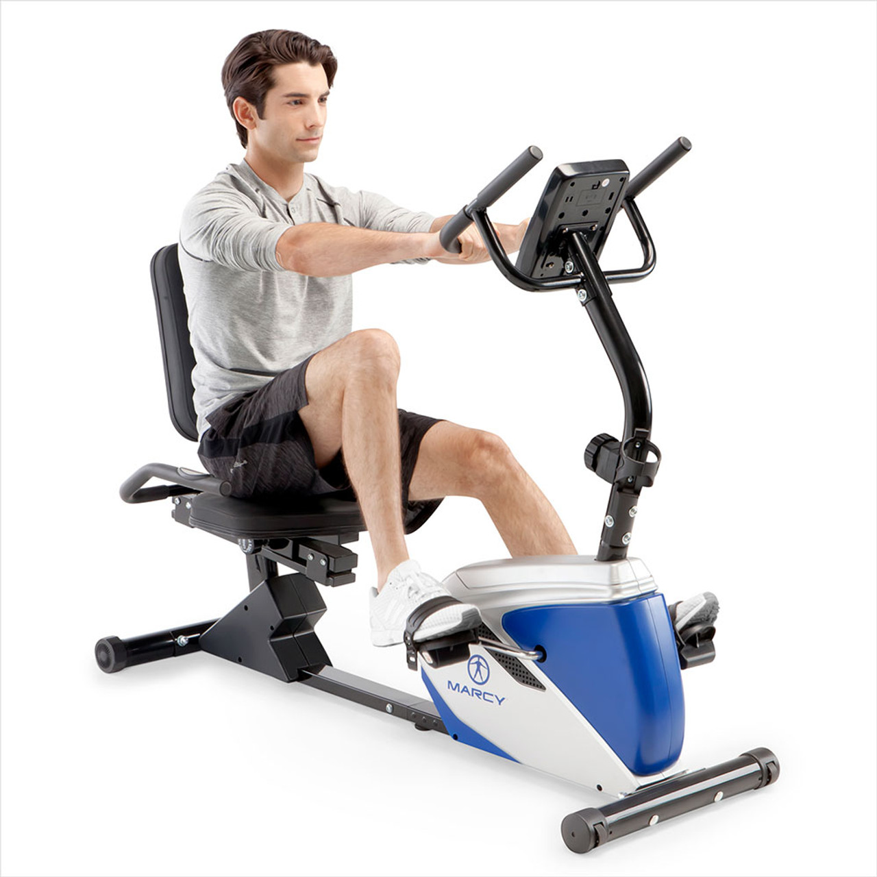The Marcy Magnetic Recumbent Bike ME-1019R has large / looped pedals for safety