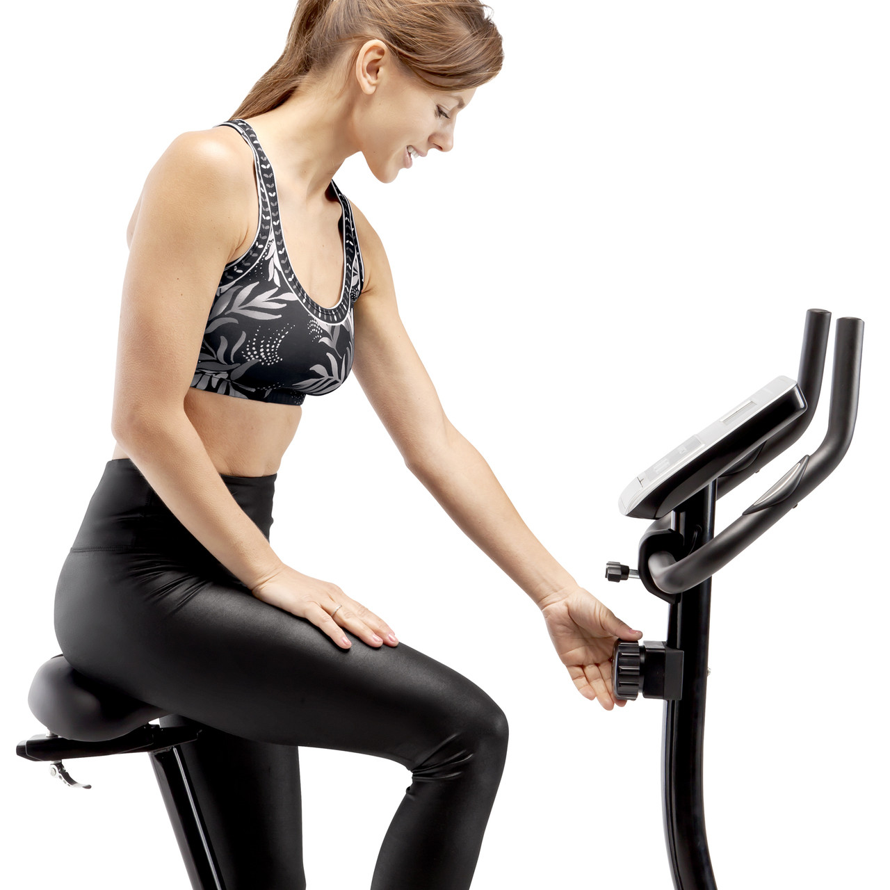 Marcy Magnetic Upright Bike ME-1016U has an adjustable tension knob to change resistance