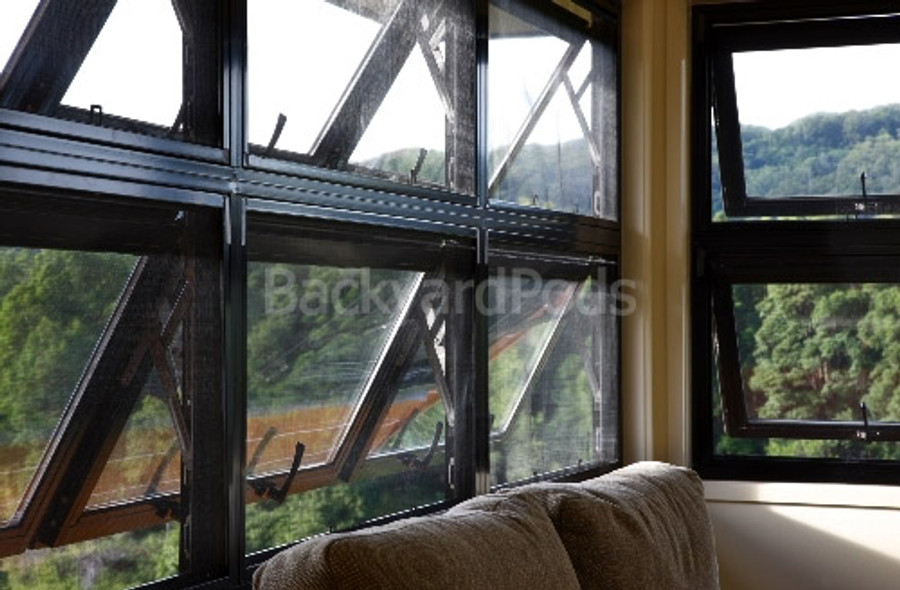 Double-glazed awning window 600mm x 1545mm + lock/keys + reveal + colour/flyscreen/frosting options
