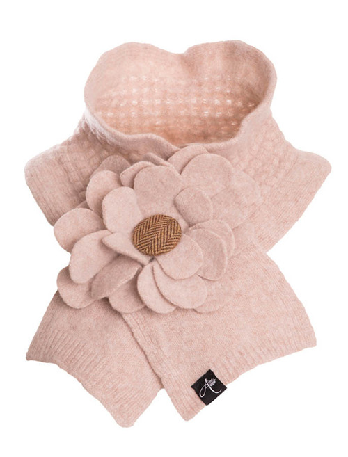 Floral Lambswool Collar - Cream