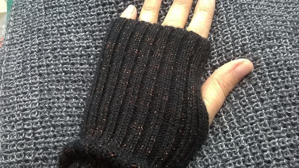 Navy Knitted Wool Wrist Warmers