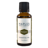 This minty-scented oil is a known for its energizing and decongesting benefits. For aromatherapy use.