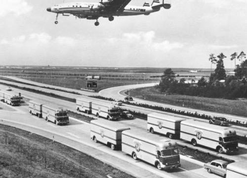 himolla-trucks-in-germany-in-the-1950s.jpg