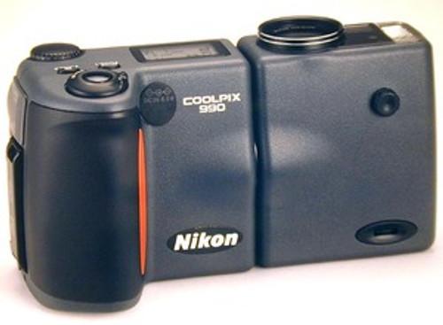Nikon Coolpix 990 Digital Camera