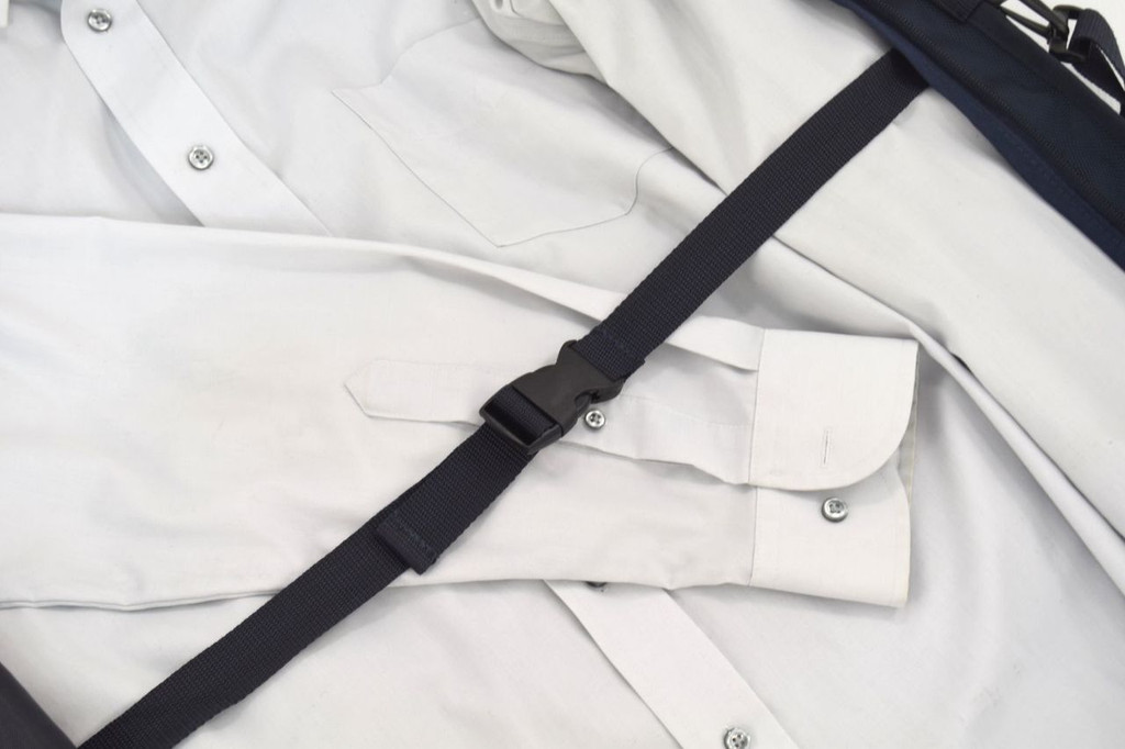 Adjustable strap to  secure your clothing