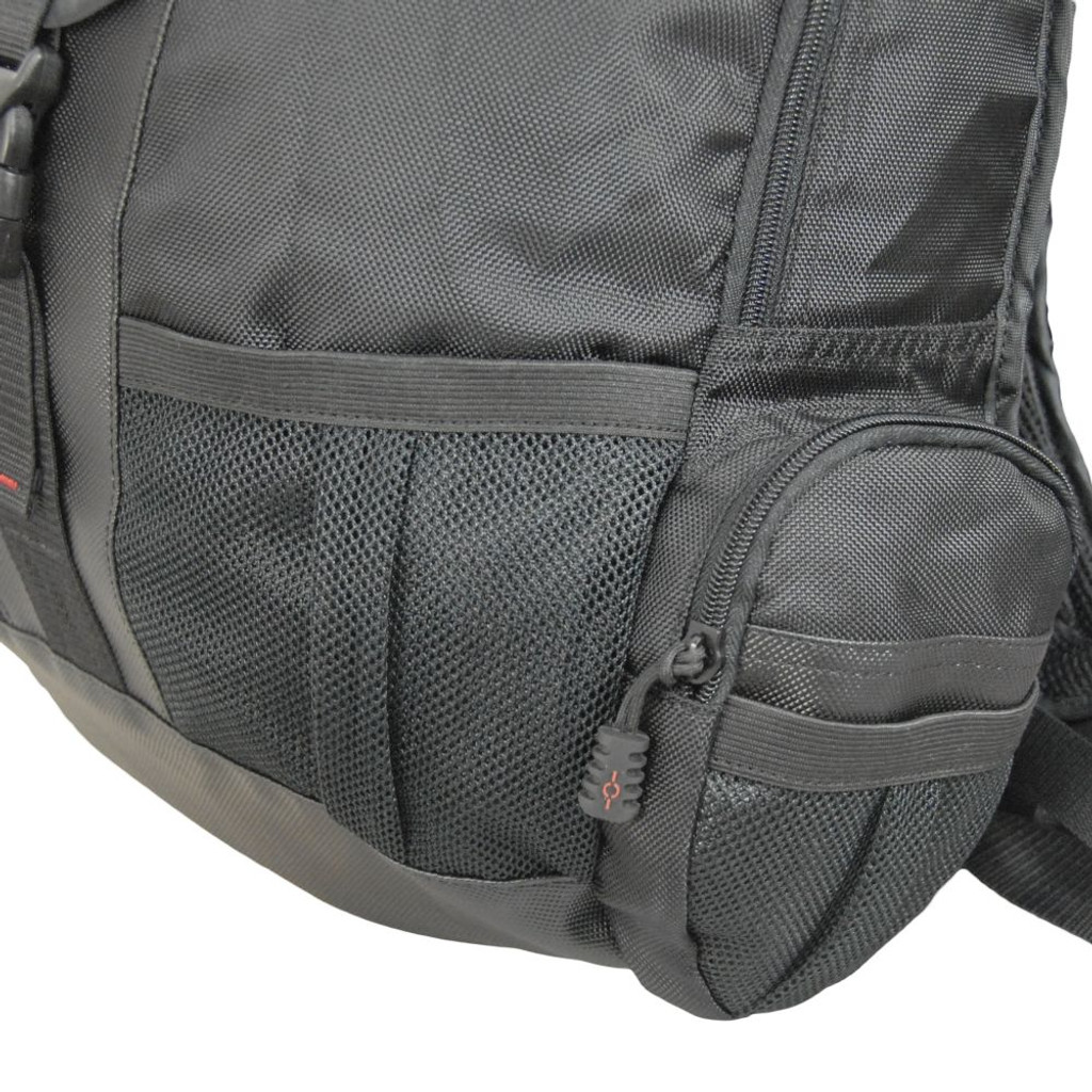 Four mesh exterior pockets - 2 on the front, 1 on each side