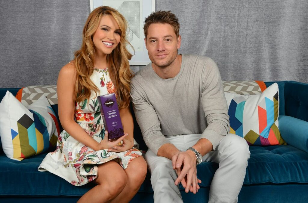 chrishell-stause-justin-hartley-4.jpeg