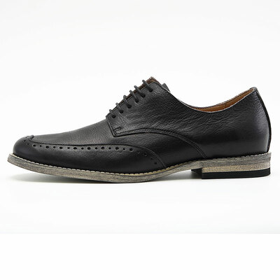 Vintage leather shoes for men