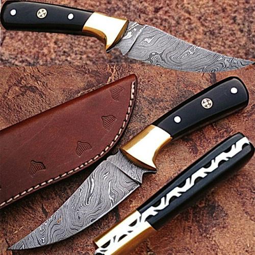 Custom Damascus Steel Hunting Knife with Buffalo Horn