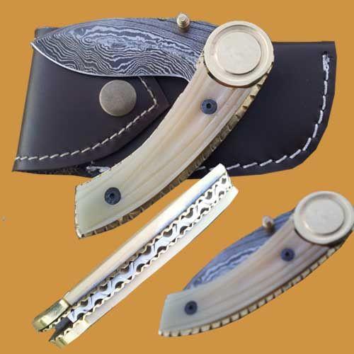 New Easy Lock Custom Handmade Damascus Steel Folding Knife