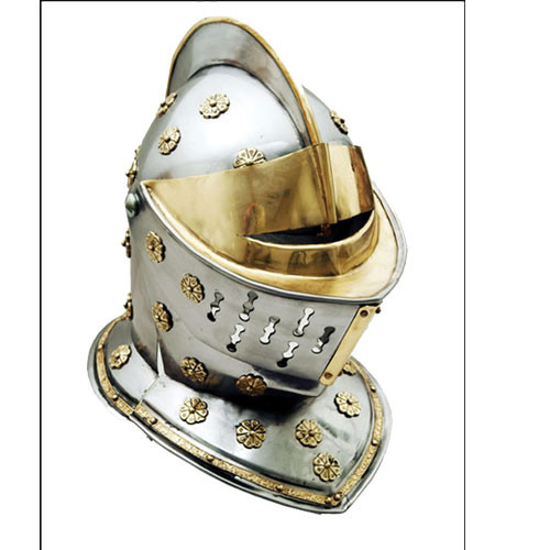 GOLDEN KNIGHT HELMET