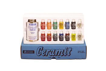 This product doesn't include the kit. Kit or ceramit catalyst need to be purchased separately.