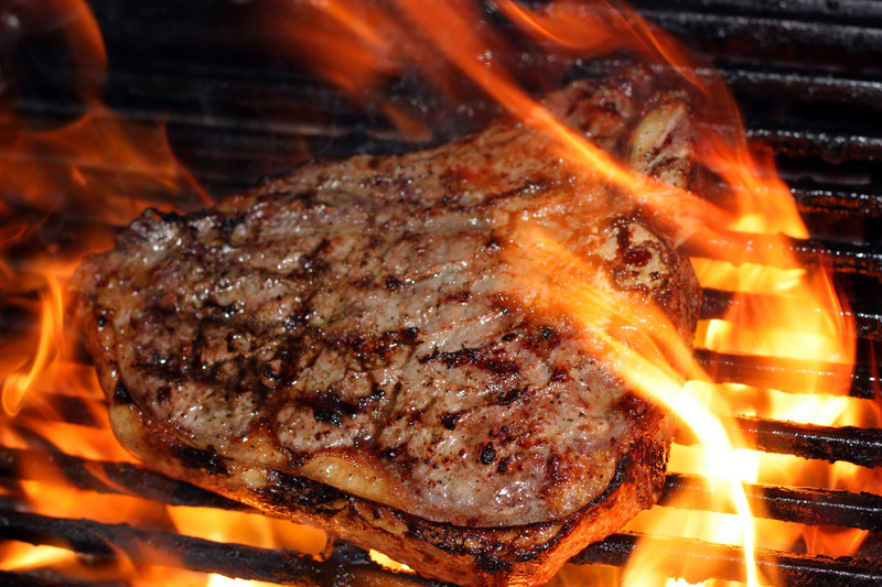 5 Tips for a Perfectly Charred Steak