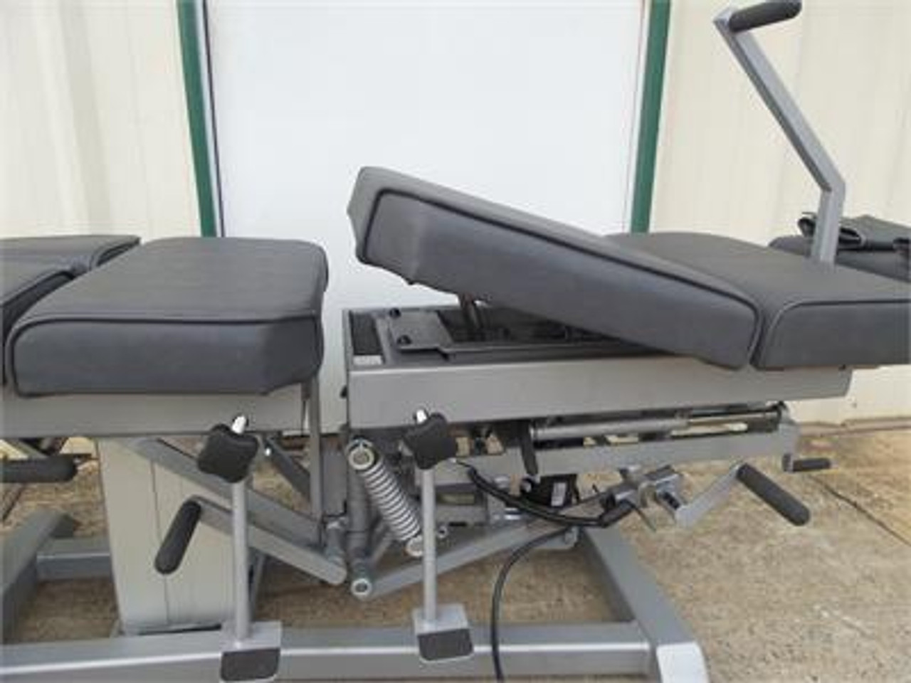 Used Omni Flexion Elevation Table