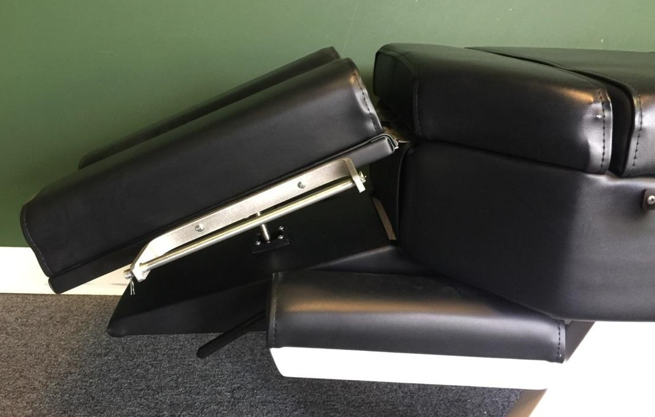 Used Sun Chiropractic Table - Black
