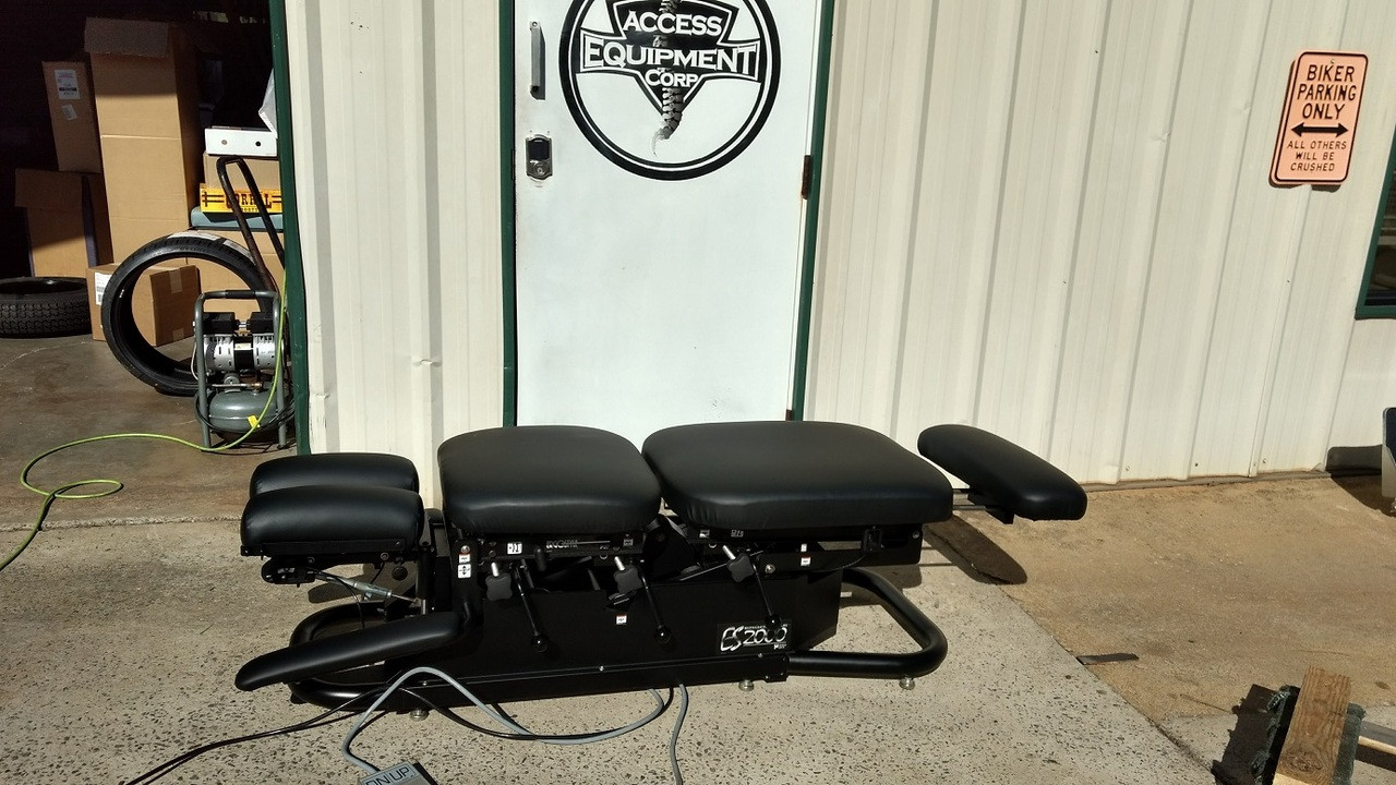 Used Chattanooga ES 2000 Elevation Table with Black Upholstery