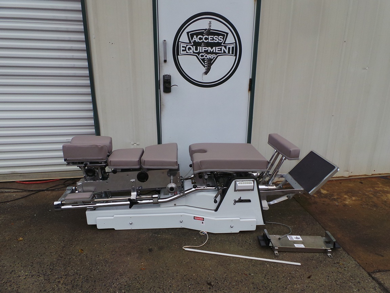 Used Zenith 460F VL Hylo & Elevation Table Includes Air CD,DD,LD & PD -Shown @ 24 inch Height