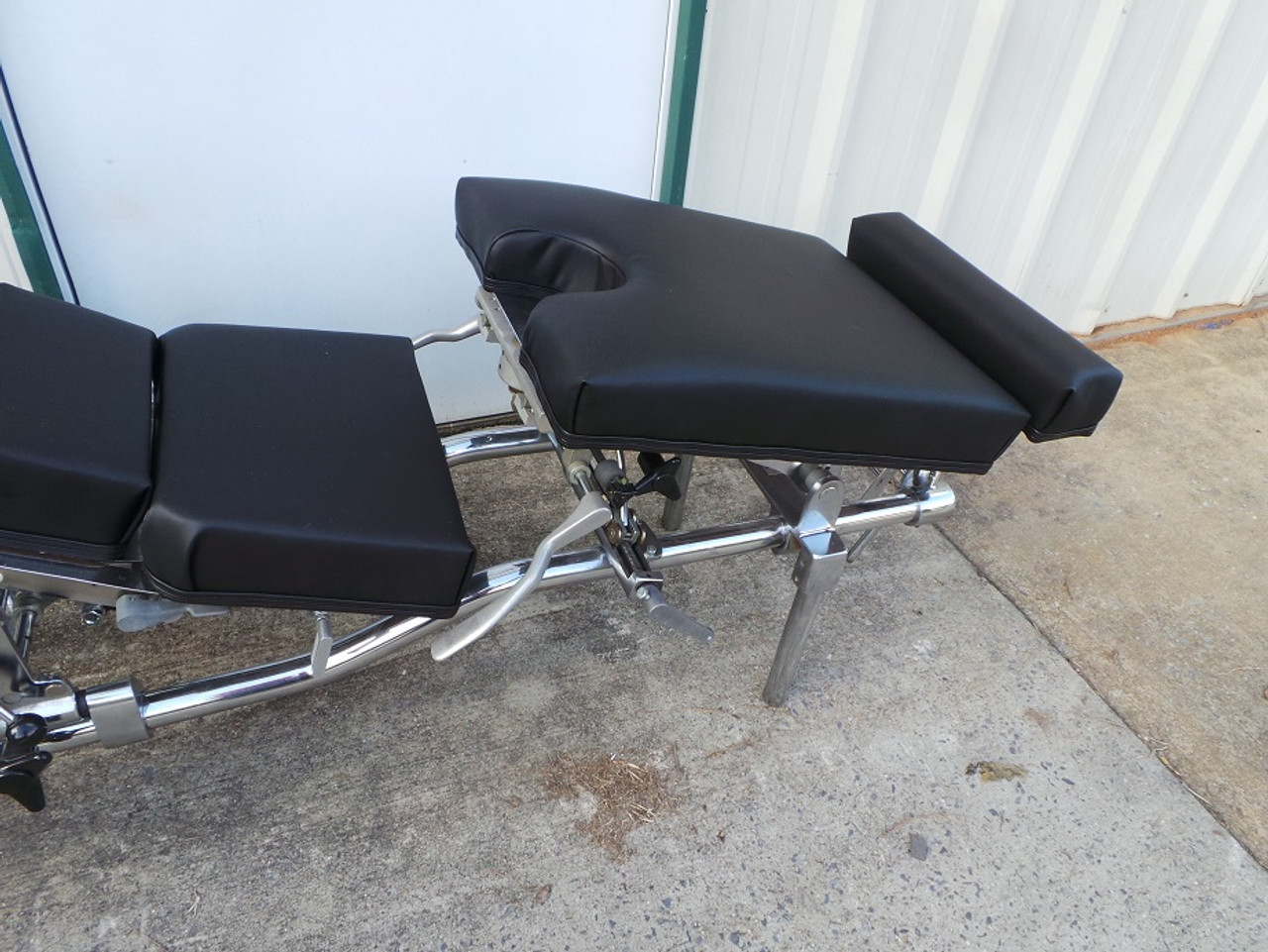 This Zenith 60 Stationary table shows the Breakaway Chest, Elevating Pelvic & ankle and Pelvic Drop.