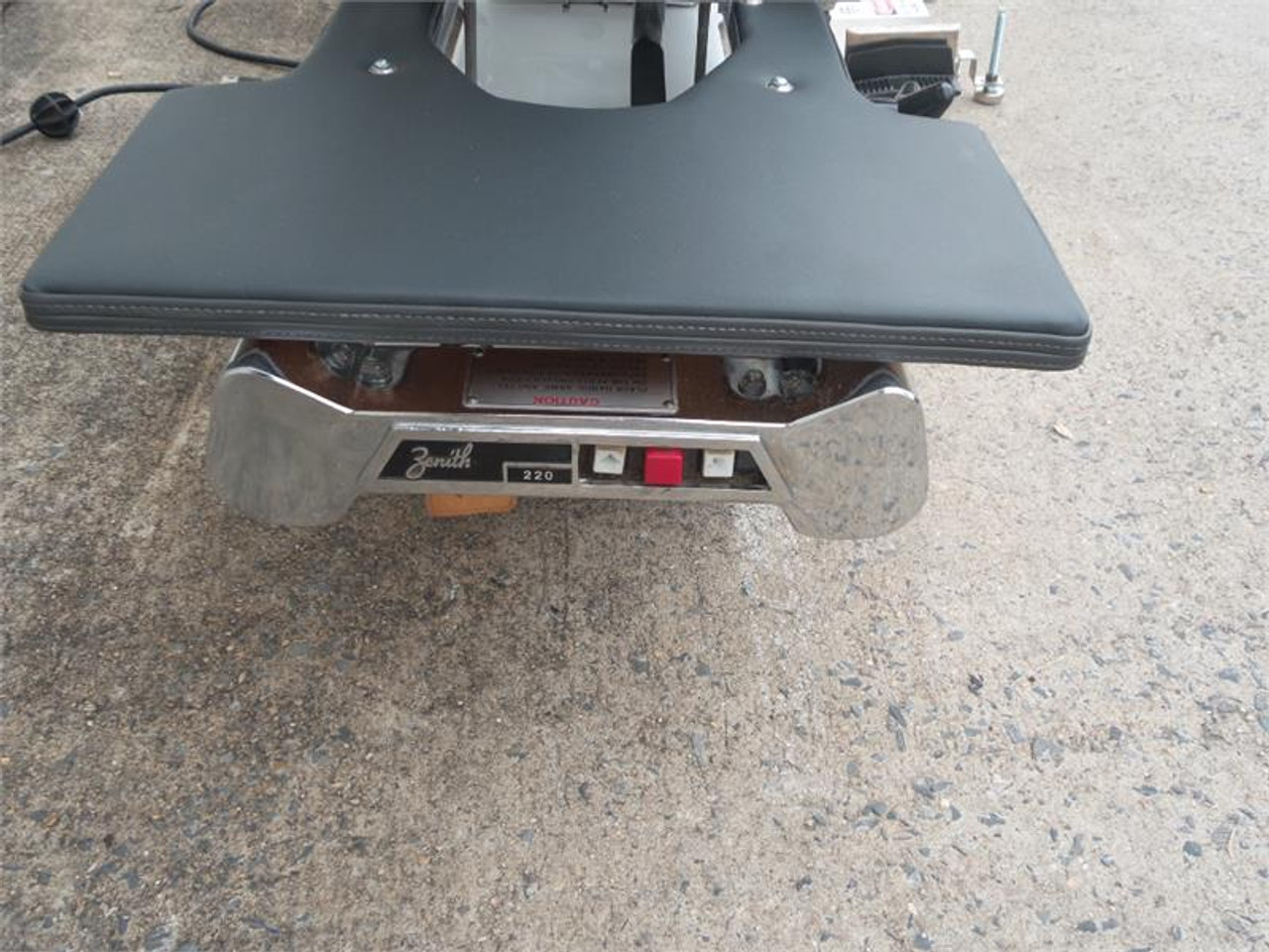 Used Zenith II 220F Hylo Table Up,Down,Stop switch