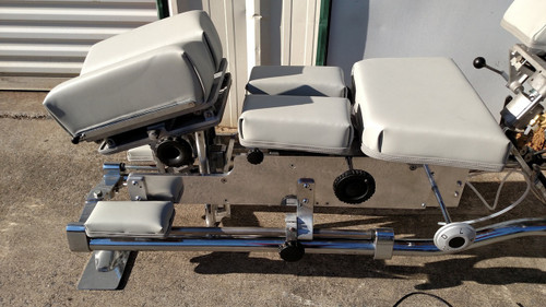 Used Zenith 420L Stationary Table Tilt & elevating Cervical, Split Dorsal,Tilting Dorsal. Forward Motion Manual Thompson cervical drop.