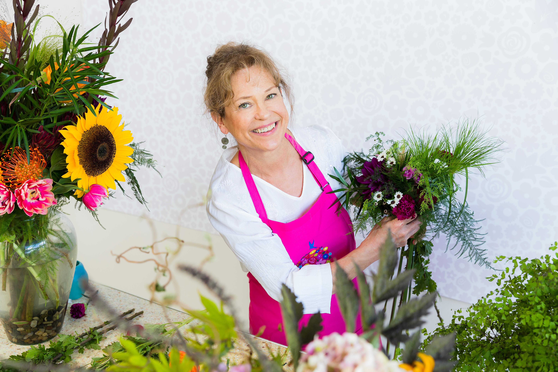 Ona Jacobson, Floral Designer | Rose & Blossom