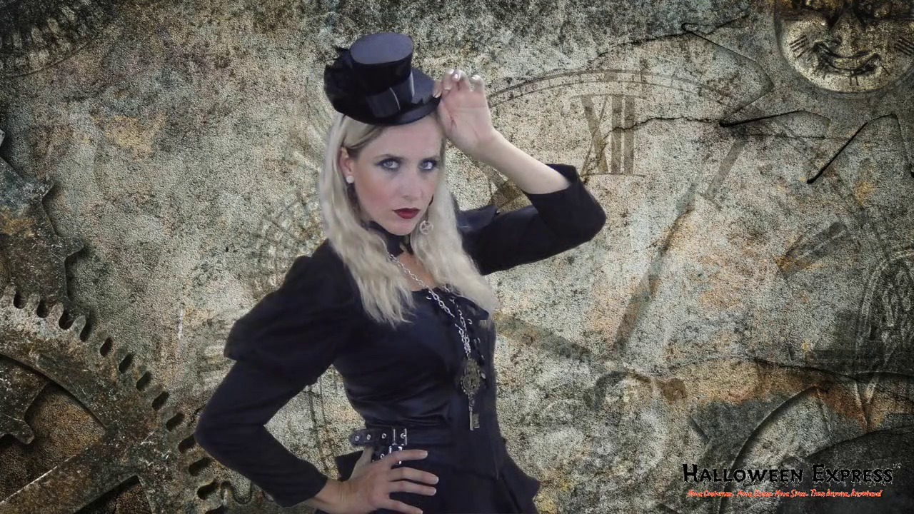 How to Create a Womens Steampunk Costume Look
