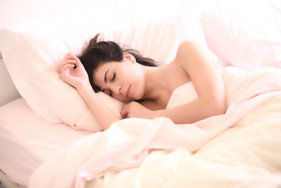 ​14 Herbs To Help You Sleep