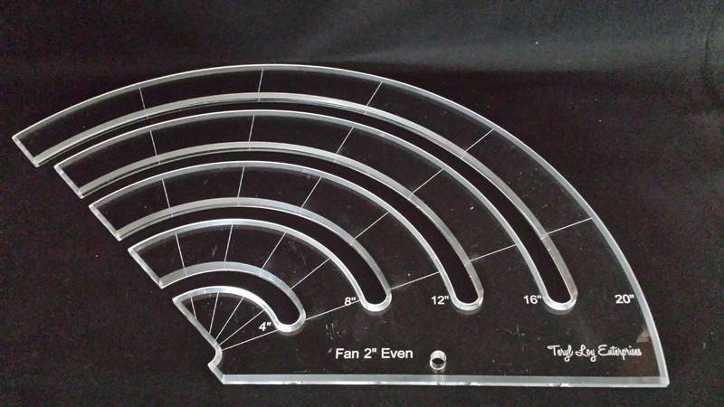 "1/4"" Template, Fan 2"" Even Slotted Ruler, Medium"