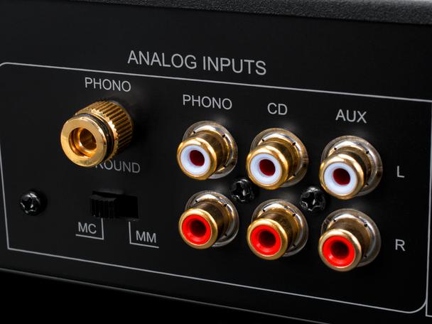 Emotiva BasX TA-100 Amplificador Integrado HiFi Radio FM DAC