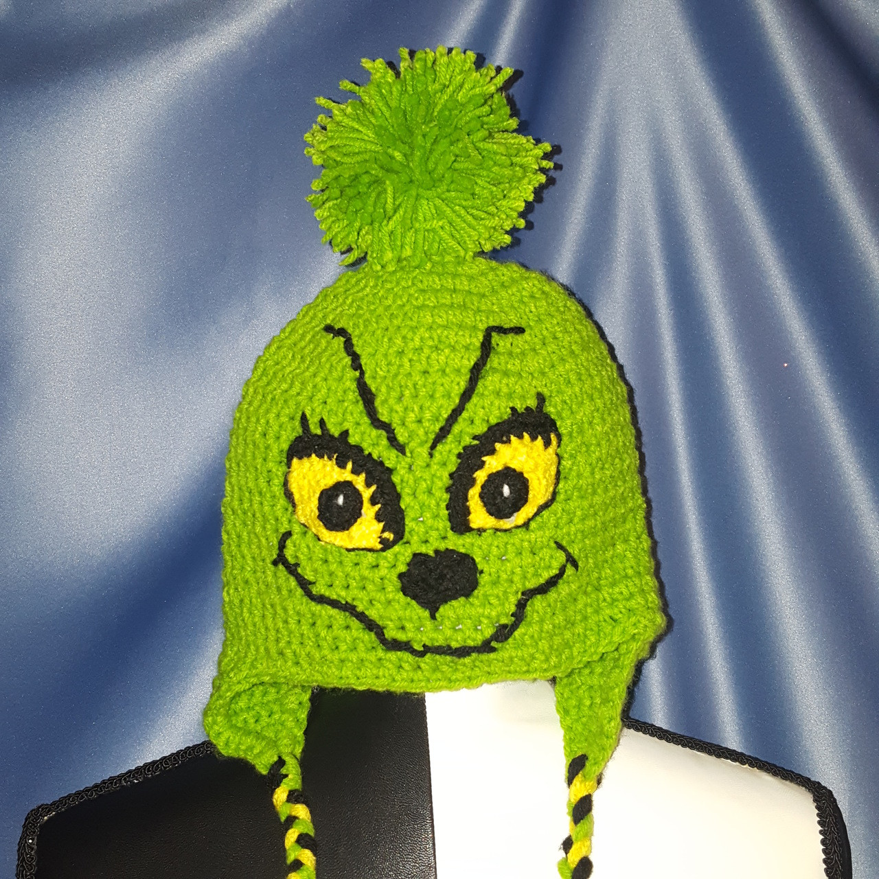 Grinchy Hat with Tie Strings in Green(Child/Junior)