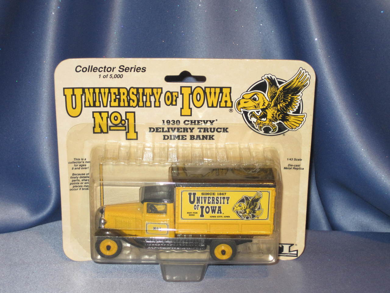 Ertl - University Of Iowa - 1930 Chevy Delivery Truck -