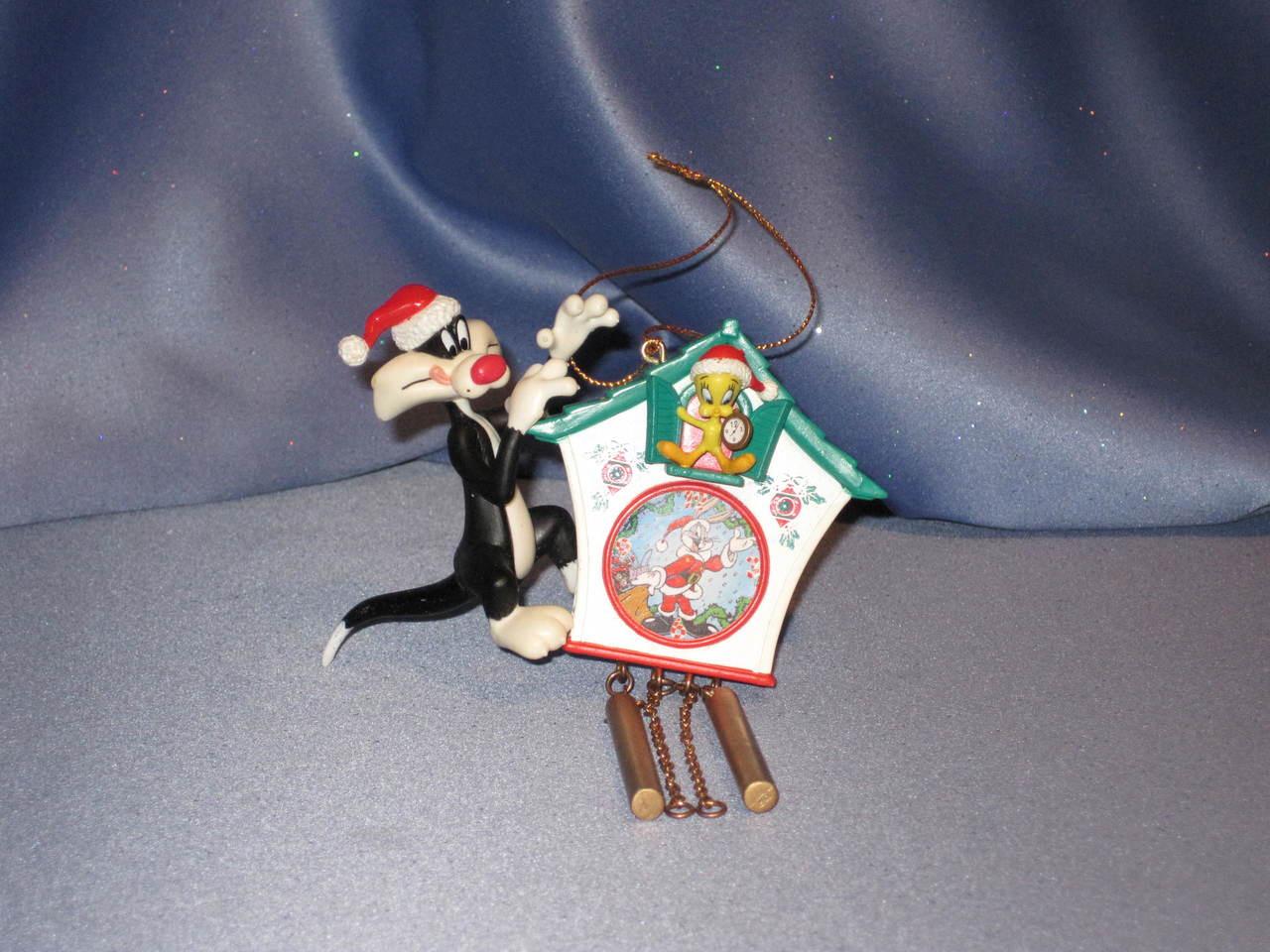 Looney Tunes Sylvester & Tweety Ornament.