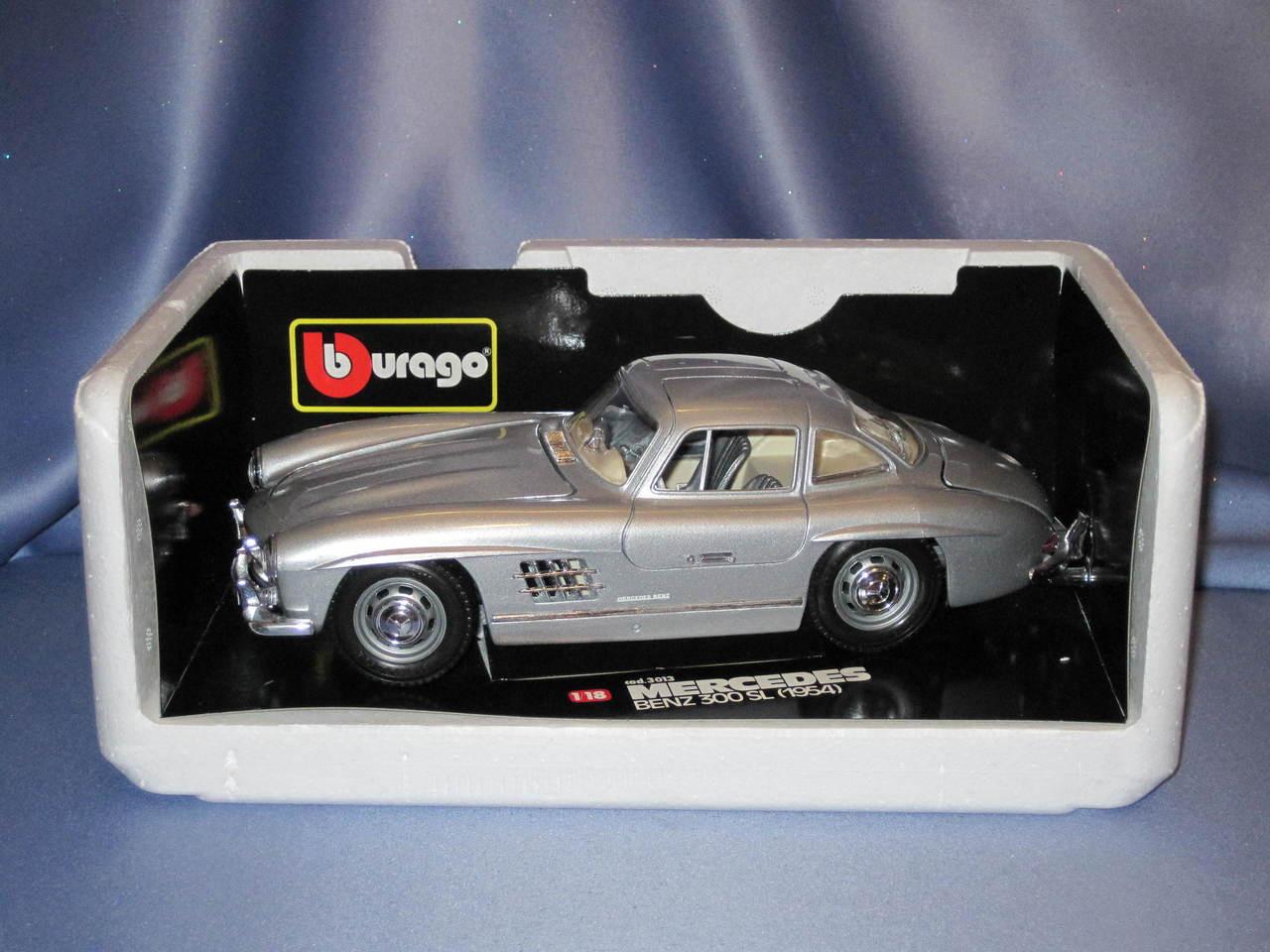 1954 Mercedes Benz 300SL 1:18 by Bburago.