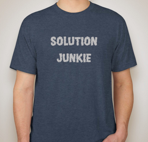 Solution Junkie - T-shirt for Sales Engineers