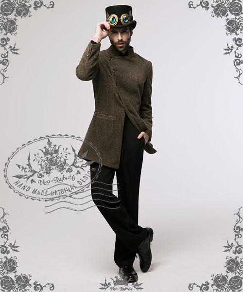 Model Show (hat: P00587, pants: SP00123)