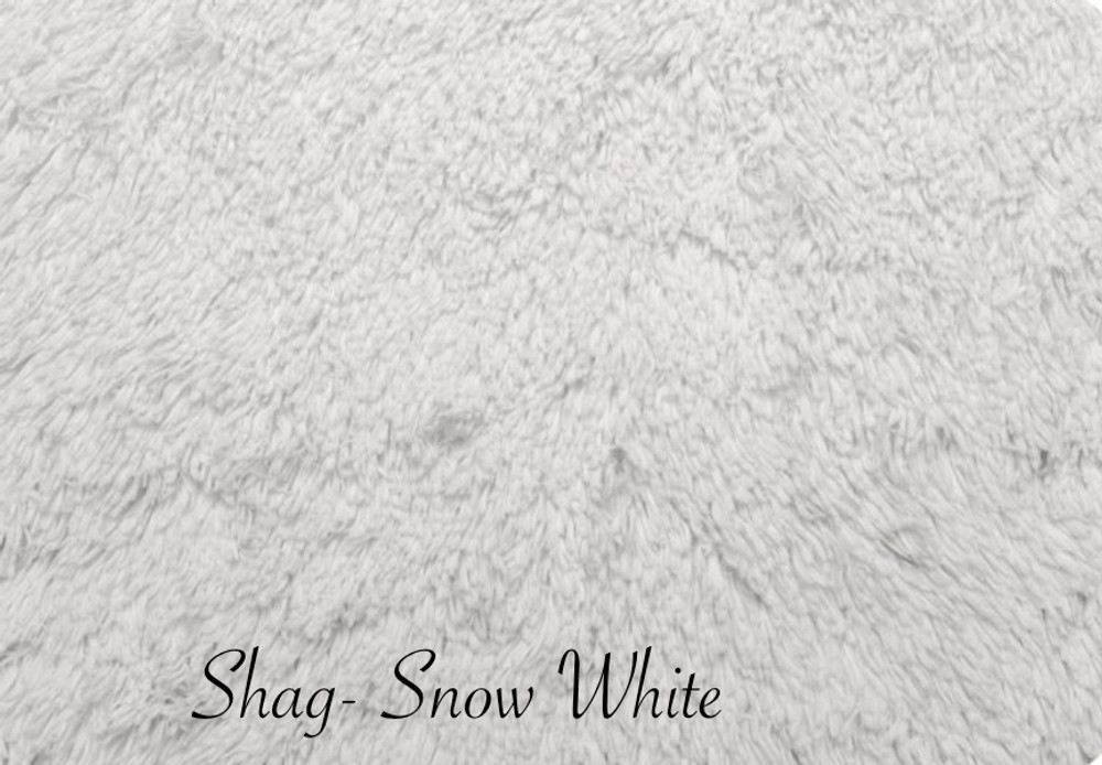 "A Shag White- 38"" Wrap, Snow White Lining *DEAL"