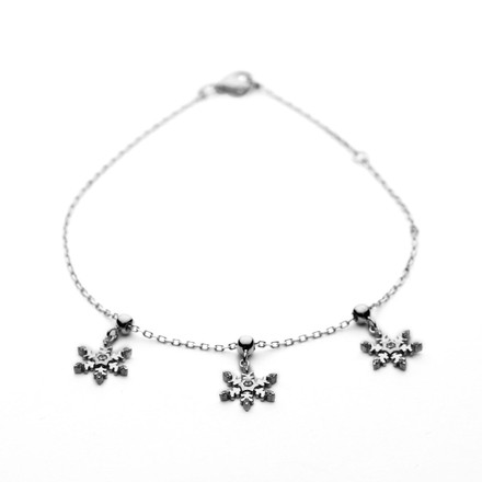 Bracelet with Snowflake Charms in Sterling Silver