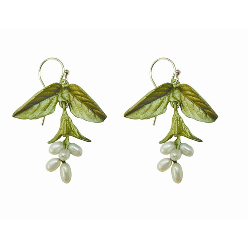 Add a matching pair of earrings ($89).    See Item #SVS.0029