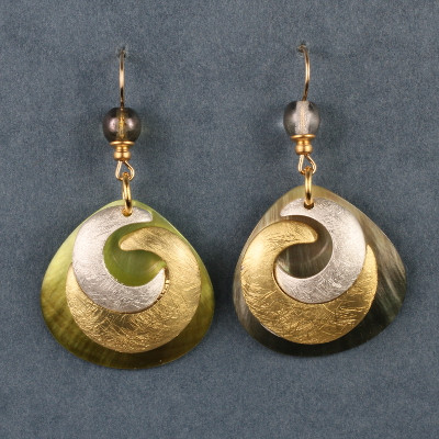 Coupled Crescents
