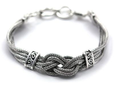 Dewi Infinity Knot Bracelet